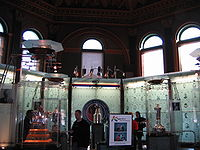 200px-Hhof_great_hall